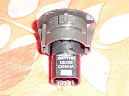 2005-2010 PONTIAC G6 ORIGINAL TC Traction Control Switch Button 25851110 D8203 25851110 D8203