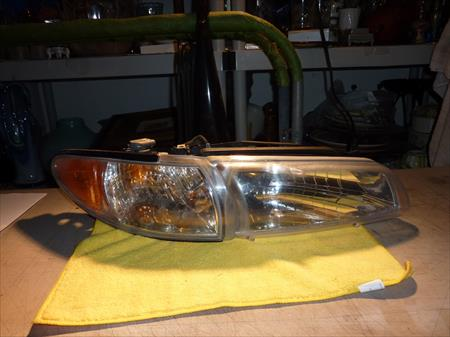 97-03 PONTIAC GRAND PRIX RH RIGHT PASSENGER SIDE HEADLIGHT LAMP