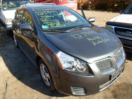 2009 Pontiac Vibe for parts