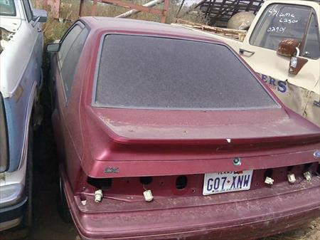 Parting Out 1993 Ford Mustang 93/FM/0819