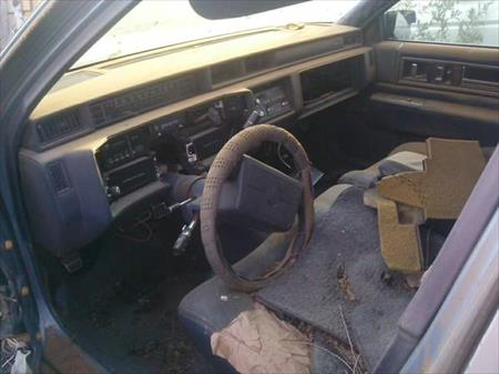 Parting Out 1992 Cadillac DeVille 92/CD/2580