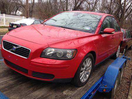 2005 VOLVO S40 PARTS CAR IN NJ 08012