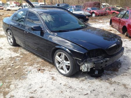 2005 LINCOLN LS PARTS CAR WITH 76K MIL..