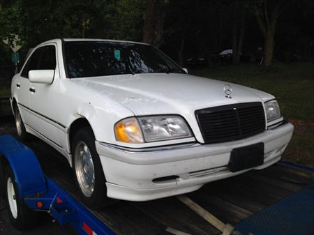 1998 MERCEDES BENZ C230 PARTS CAR in N..