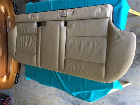 2005 BMW X5 4.4i REAR SEAT BOTTOM BENCH PAD, BEIGE DAKOTA LEATHER, OEM