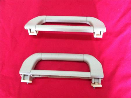 2005 BMW E53 X5 4.4i PAIR LEFT & RIGHT FRONT ROOF GRAB HANDLES, BEIGE OEM