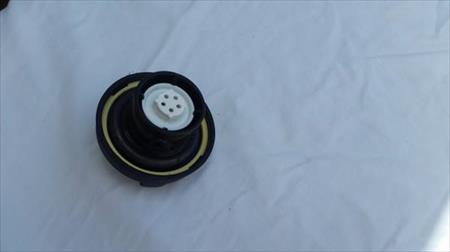 Back of Product ACDelco GT283 GM Original Equipment Black Fuel Tank Cap (missing strap) GT283