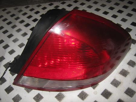 2004 - 2007 TAURUS PASSENGER SIDE <em>TAIL</em> <em>LIGHT</em>