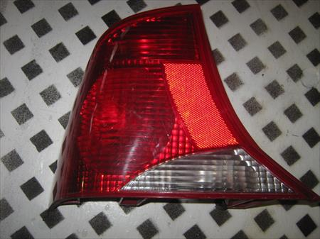 2000 - 2004 FOCUS DRIVERS SIDE <em>TAIL</em> <em>LIGHT</em>