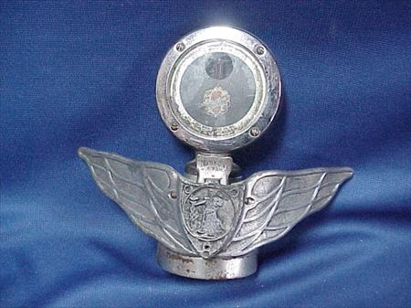 OLDSMOBILE Boyce MotoMeter WINGED Hood Ornament Radiator FLIP Cap Monogram